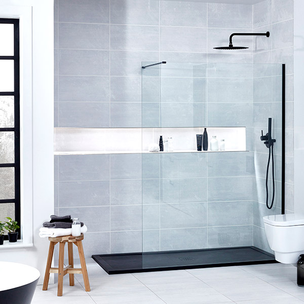 An image of Aquaglass Onyx 10mm Black Walk-In Front Panel 1400mm